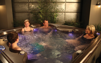 Hot tubbing on the edge with 2015 e-Series